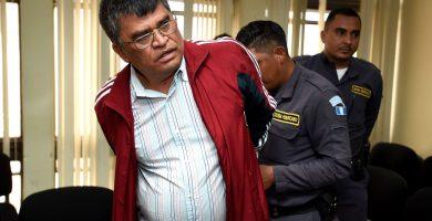 Condenan a Arnoldo Medrano