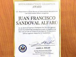EE.UU. honra al fiscal Juan Francisco Sandoval como uno de los doce campeones anticorrupción