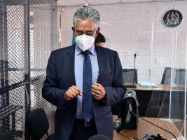 Juez resuelve extinguir más de Q5 millones al ex jefe de la SAT, Carlos Muñoz
