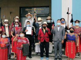 Autoridades indígenas presentan denuncia penal contra la corrupción del gobierno